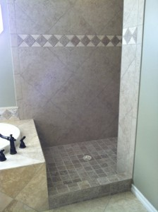 floor-to-ceiling-tile-shower-with-accent-tiles