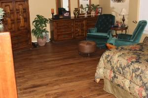 hand-scraped-white-oak-tulsa-three