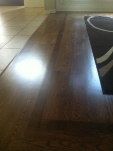 solid-hardwood-floor-with-accent-border