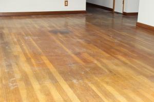 wood-floor-refinish-before