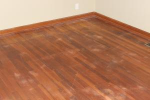 wood-floor-refinish-one-before
