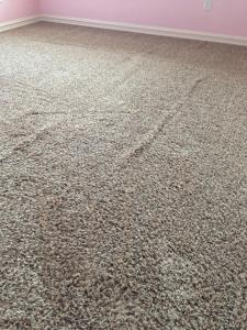 wrinkled-carpet-before-restretch-one